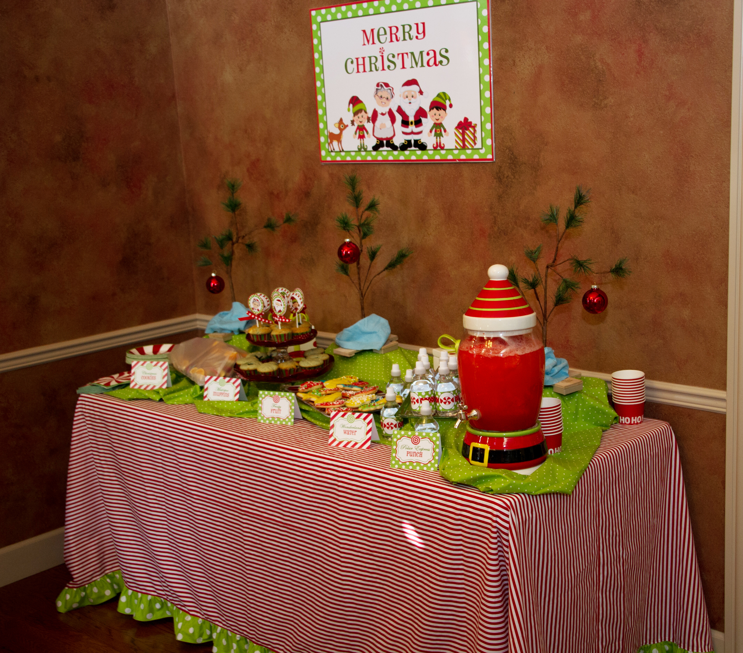 The Magic Of Christmas Cookie Decorating Party That
