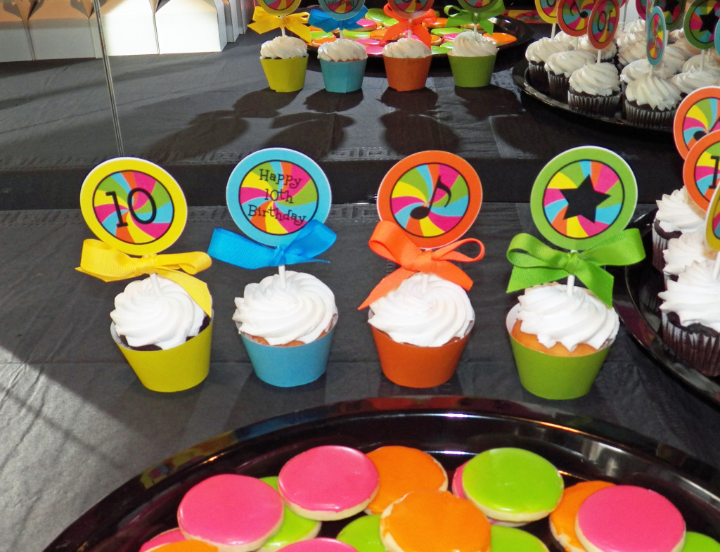 Dance Party Cupcake Toppera