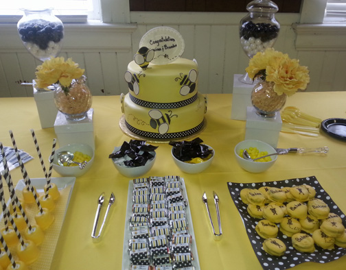 Bumble Bee Party Table
